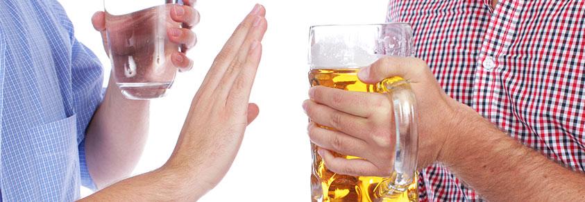 Alkohol treibt den Blutdruck in die Höhe - Diabetiker..
